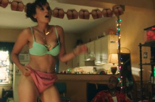 Frankie Shaw hot lingerie Samara Weaving masturbate in shower – Smilf (2019) s2e8 HD 1080p (2)