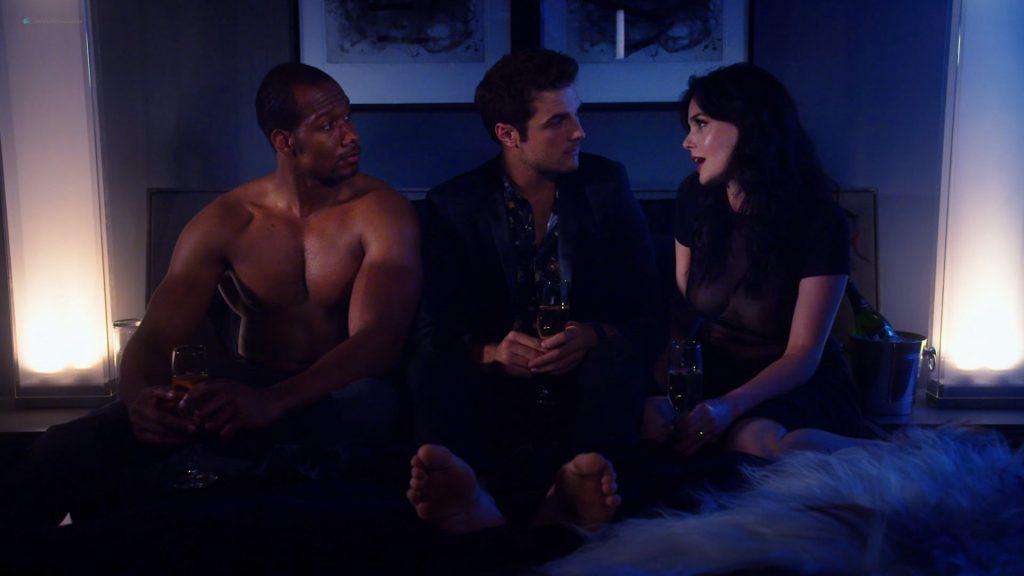 Kelli Berglund nude Roxane Mesquida nude sex threesome - Now Apocalypse (2019) s1e8 HD 1080p (14)
