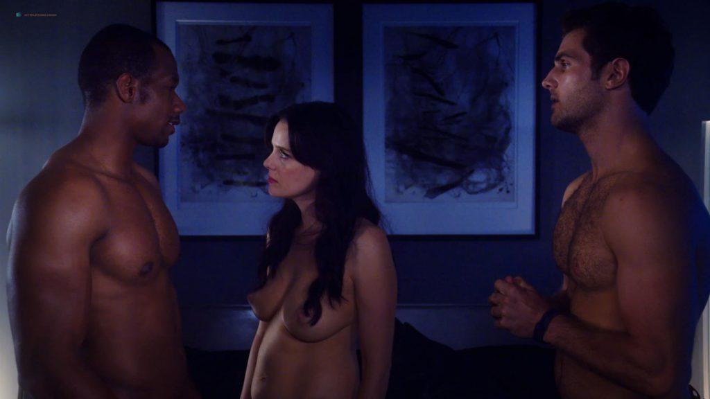 Kelli Berglund nude Roxane Mesquida nude sex threesome - Now Apocalypse (2019) s1e8 HD 1080p (6)