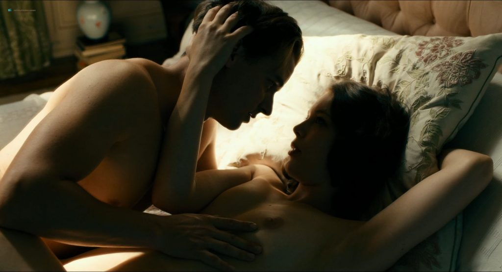 Paula Beer nude full frontal Saskia Rosendahl and Ulrike C. Tscharre nude - Werk ohne Autor (DE-2018) HD 1080p (12)