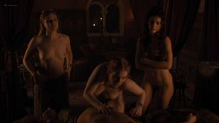Josephine Gillan nude full frontal Lucy Aarden nude  – Game of Thrones(2019) s8e1 HD 1080p