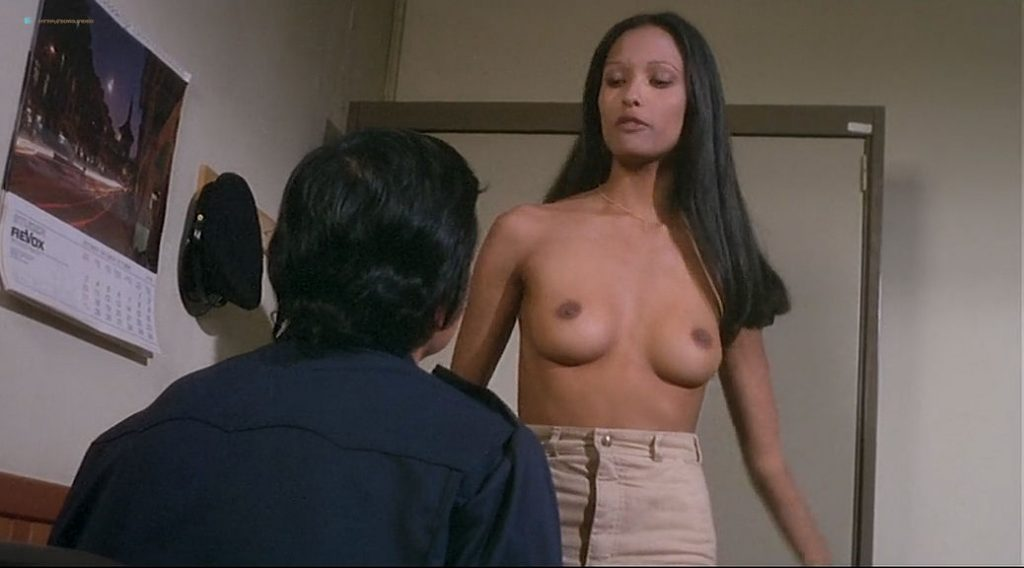 Laura Gemser nude full frontal and lot of sex Ely Galleani and others nude - Emanuelle in Bangkok (1976) (7)
