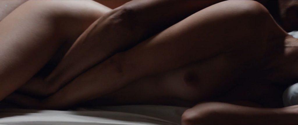 Bérénice Bejo nude sex and Martina Gusman nude lesbian sex - La quietud (AR-2018) HD 1080p (5)