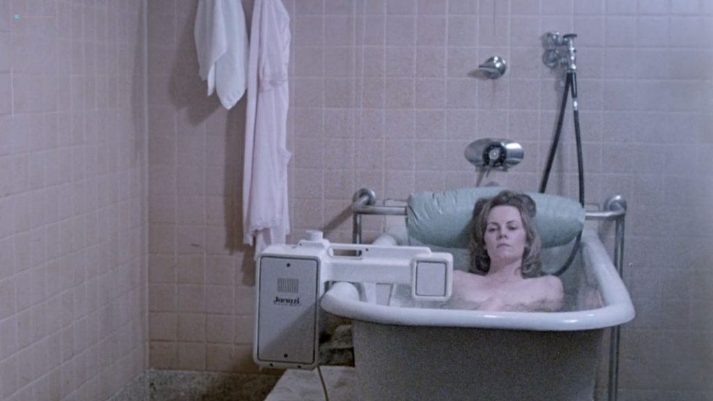 Dianne Hull nude full frontal - The Fifth Floor (1978) HD 720p (6)