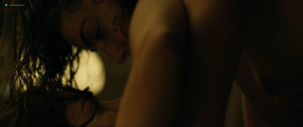 Irene Arcos nude Verónica Sánchez and Marta Milans nude sex - El embarcadero (ES-2019) s1e7-8 HD 1080p (10)