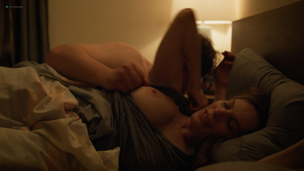 Lindsay Burdge nude topless Lydia House boobs Elizabeth Reaser sexy - Easy (2019) s1e3 HD 1080p (6)
