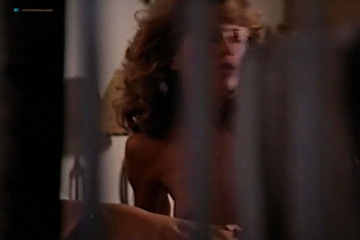 Mimi Craven nude topless and a lot of sex - Midnight Heat (1996) (13)
