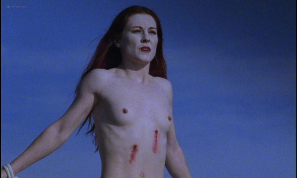 Sandrine Thoquet nude full frontal Magalie Aguado and others nude bush - La fiancée de Dracula (2002) HD 1080p (2)