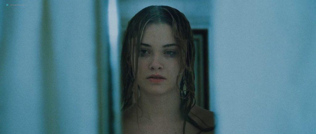 Virginia Gardner hot and sexy - Starfish (2018) 1080p WEB (14)