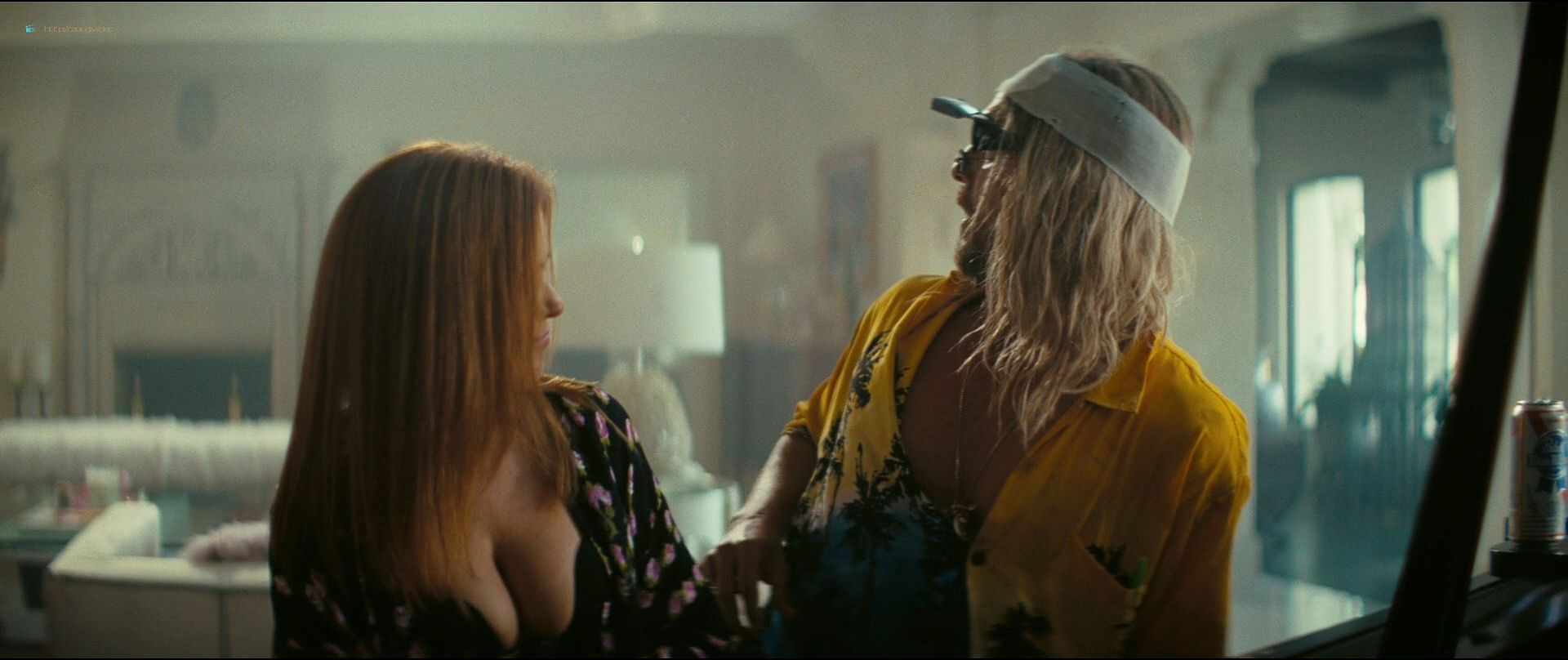 Isla Fisher hot and sexy others nude topless - The Beach Bum (2019) 1080p BluRay (8)