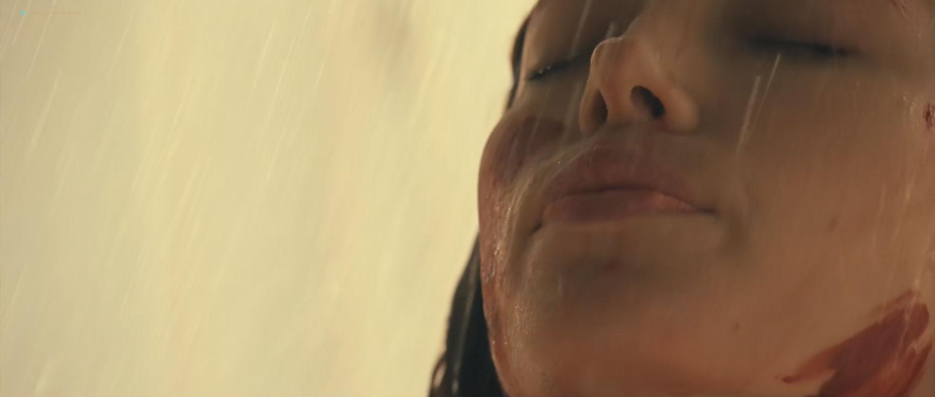 Jessica Biel hot and sexy - Blade Trinity (2004) HD 1080p BluRay (15)