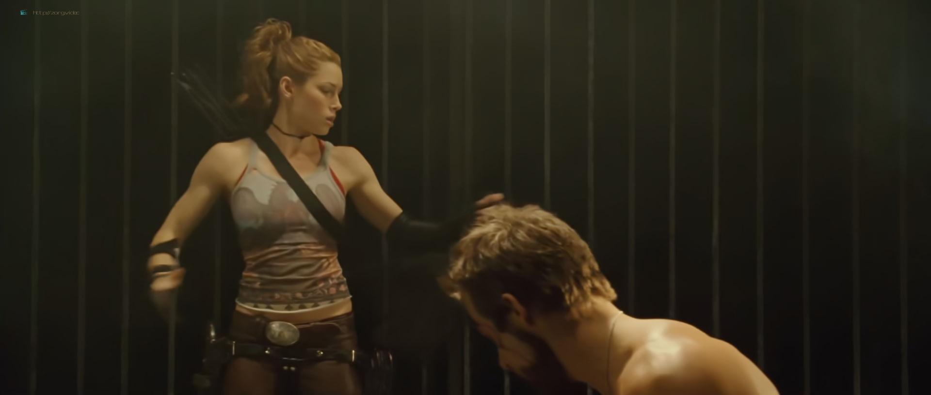 Jessica Biel hot and sexy - Blade Trinity (2004) HD 1080p BluRay (9)