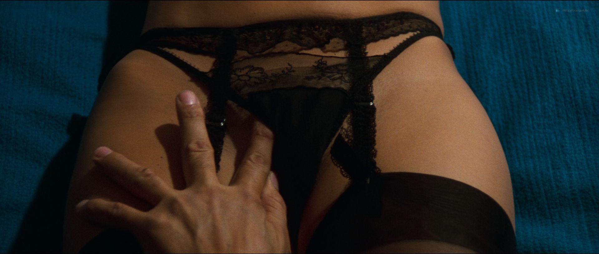 Daniela Doria nude full frontal Zora Kerova and other nude - The New York Ripper (IT-1982) HD 1080p BluRay(r) (6)