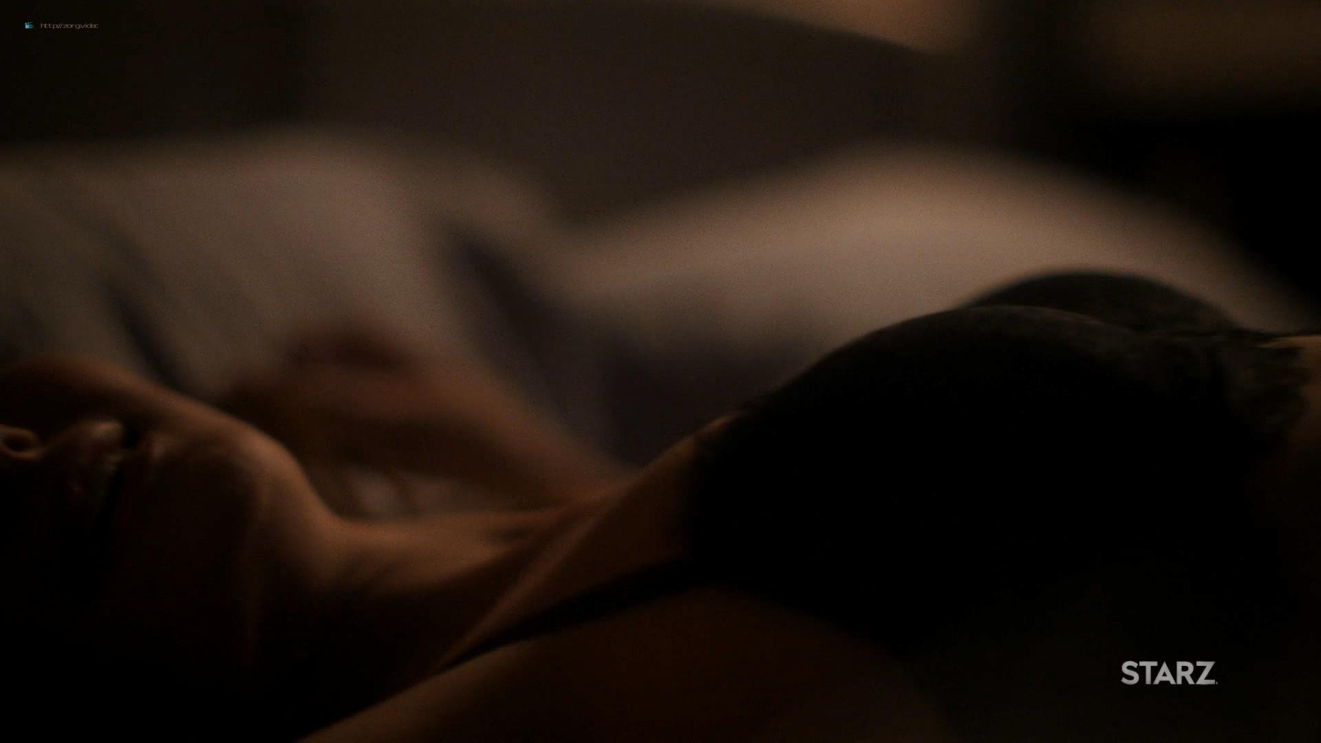 Ella Purnell hot and sex - Sweetbitter (2019) s2e4 HD 1080 Web (7)