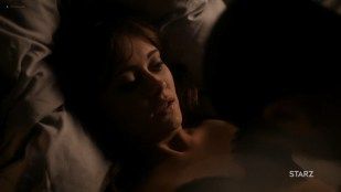 Ella Purnell hot and sex - Sweetbitter (2019) s2e4 HD 1080 Web