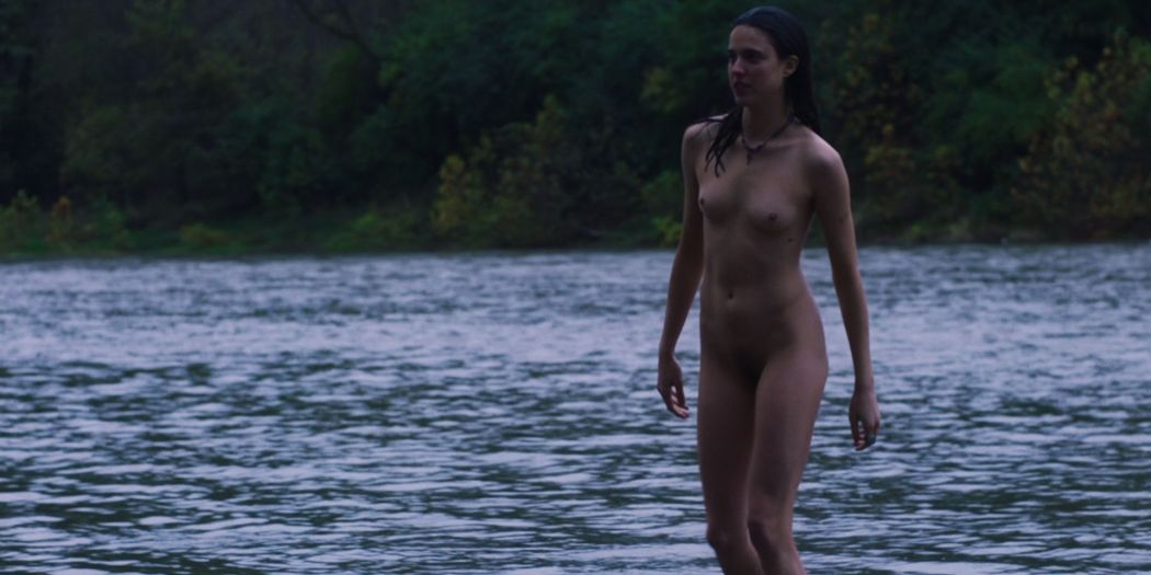 Margaret Qualley nude full frontal - Donnybrook (2018) HD1080p BluRay(r) (3)