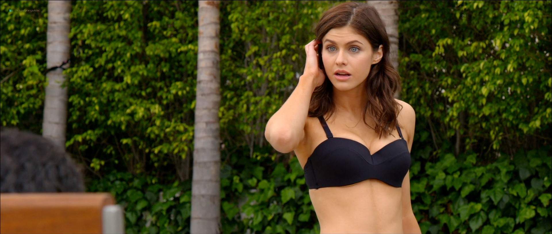 Alexandra Daddario hot busty in a bikini - Why Women Kill (2019) s1e1 HD 1080p Web (7)