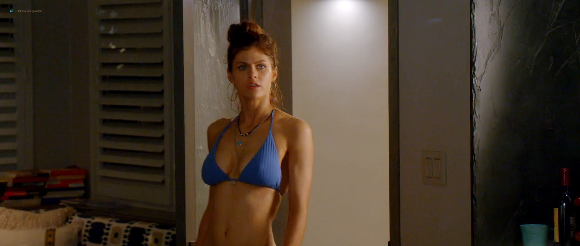 Alexandra Daddario hot busty in a bikini - Why Women Kill (2019) s1e1 HD 1080p Web (3)