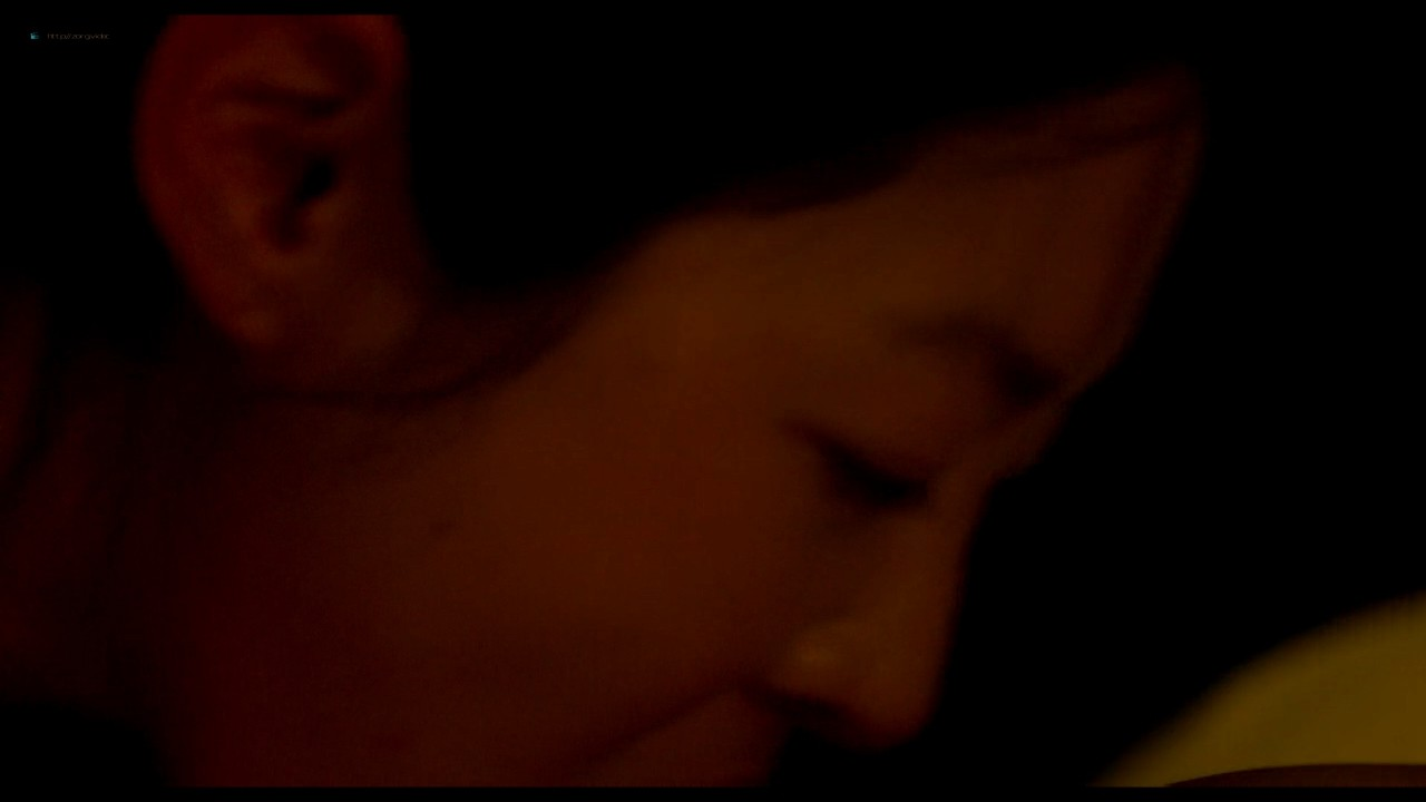 Atsuko Maeda nude sex Kaho Minami, Asuka Hinoi nude to - Kabukichô Love Hotel (2014) HD 720p (14)