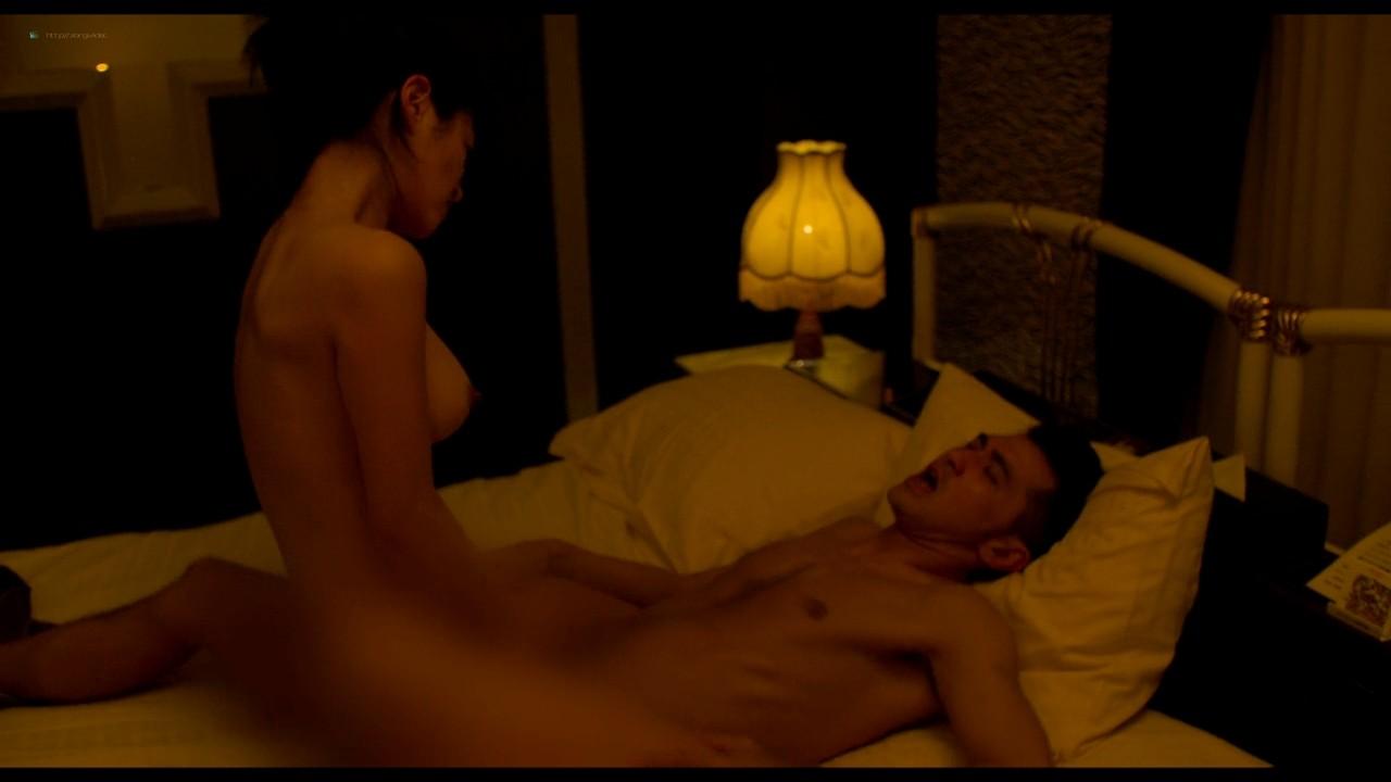 Atsuko Maeda nude sex Kaho Minami, Asuka Hinoi nude to - Kabukichô Love Hotel (2014) HD 720p (11)