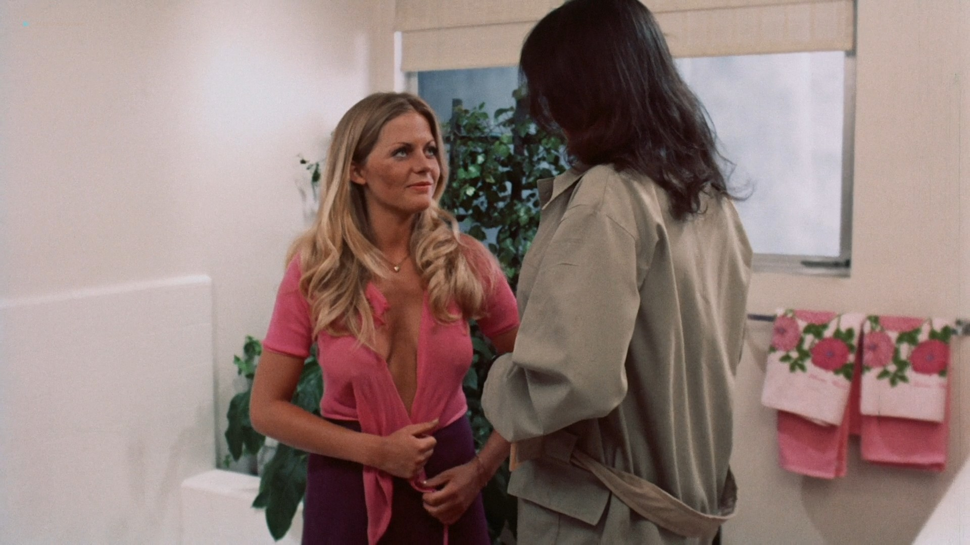 Candice Rialson nude topless and sex - Pets (1974) HD 1080p BluRay (13)