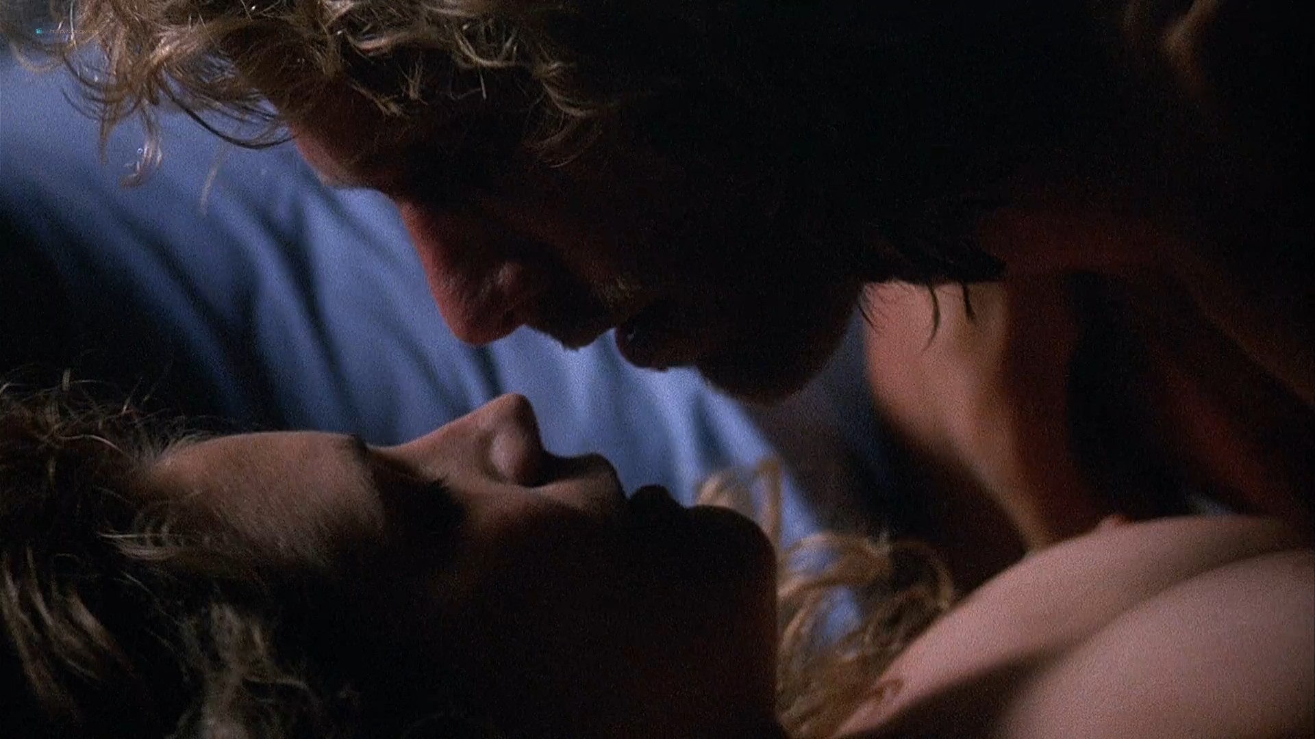 Courtney Thorne-Smith hot and sexy Harley Jane Kozak nipples and sex - Side Out (1990) HD 1080p Web (4)