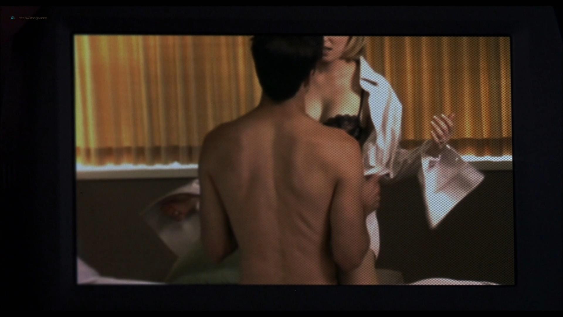 Elizabeth Banks hot in lingerie Jessica Alba and Sarah Howard hot - Meet Bill (2007) HD 1080p BluRay (20)