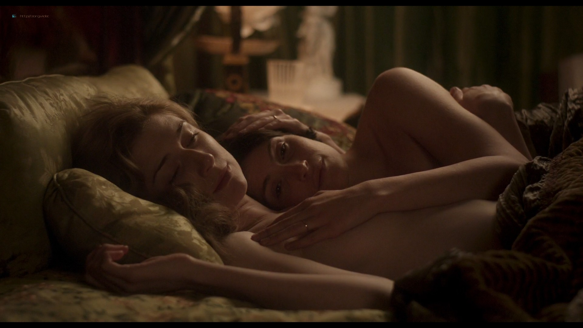 Elizabeth Debicki nude and Gemma Arterton lesbian sex - Vita & Virginia (2018) HD 1080p Web (10)