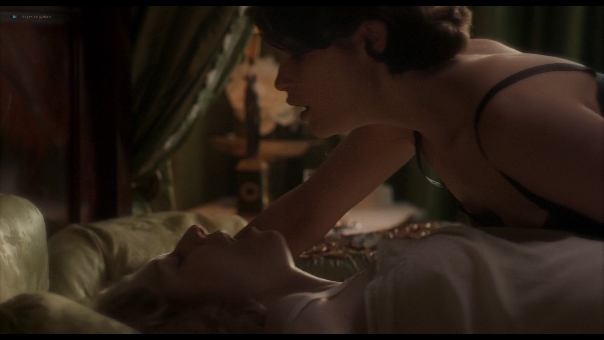 Elizabeth Debicki nude and Gemma Arterton lesbian sex - Vita & Virginia (2018) HD 1080p Web (5)