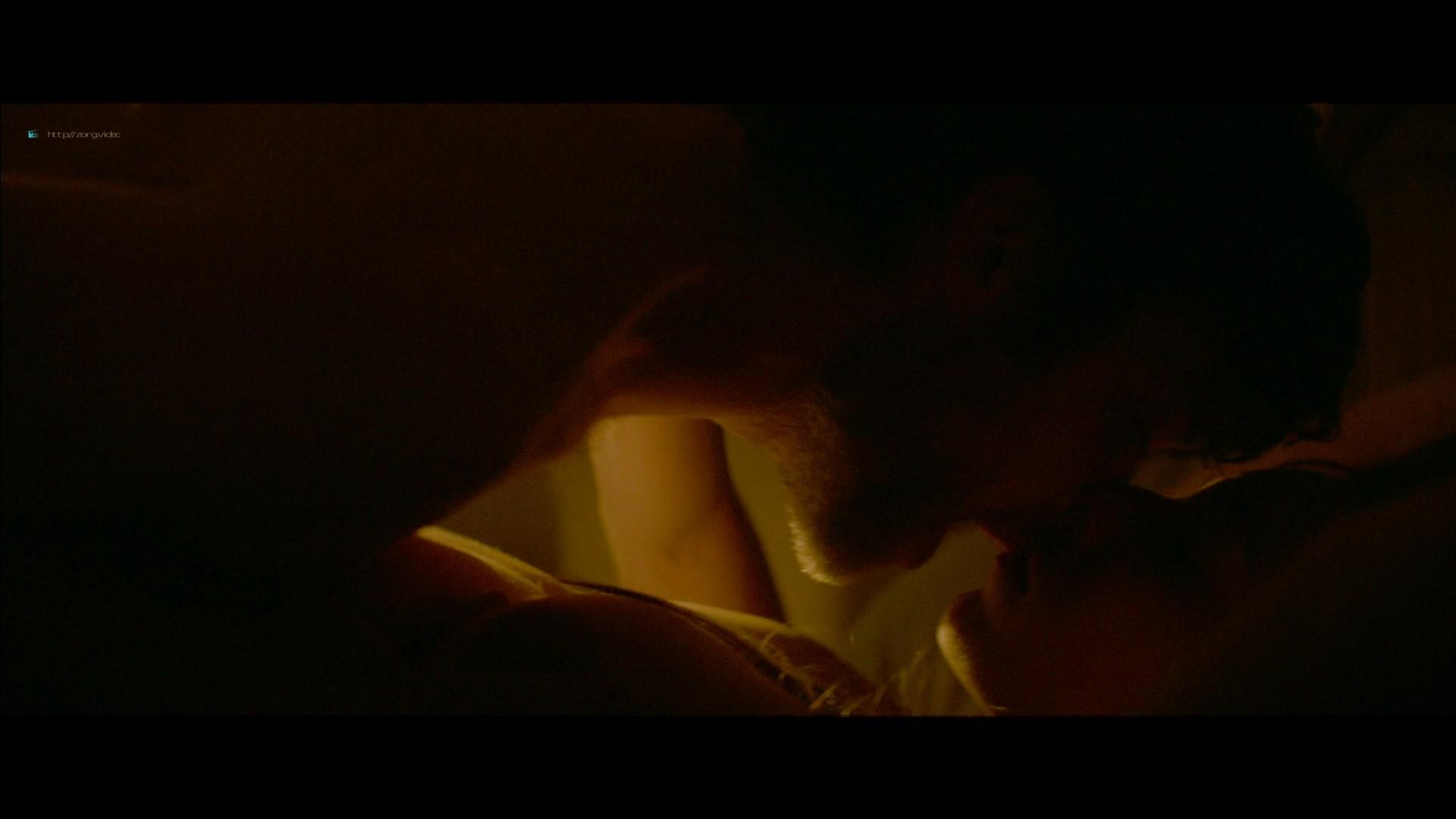 Jennifer Connelly hot Oona Chaplin sex - Aloft (2014) HD 1080p BluRay (10)