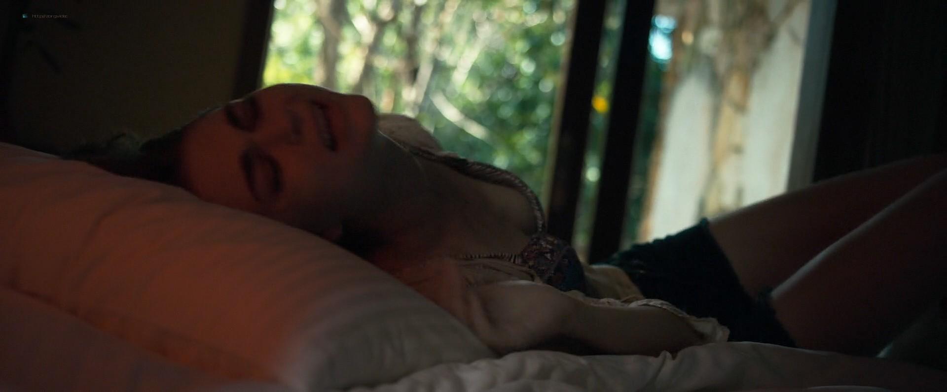 Jenny Boyd nude topless - Hex (2018) HD 1080p Web (11)