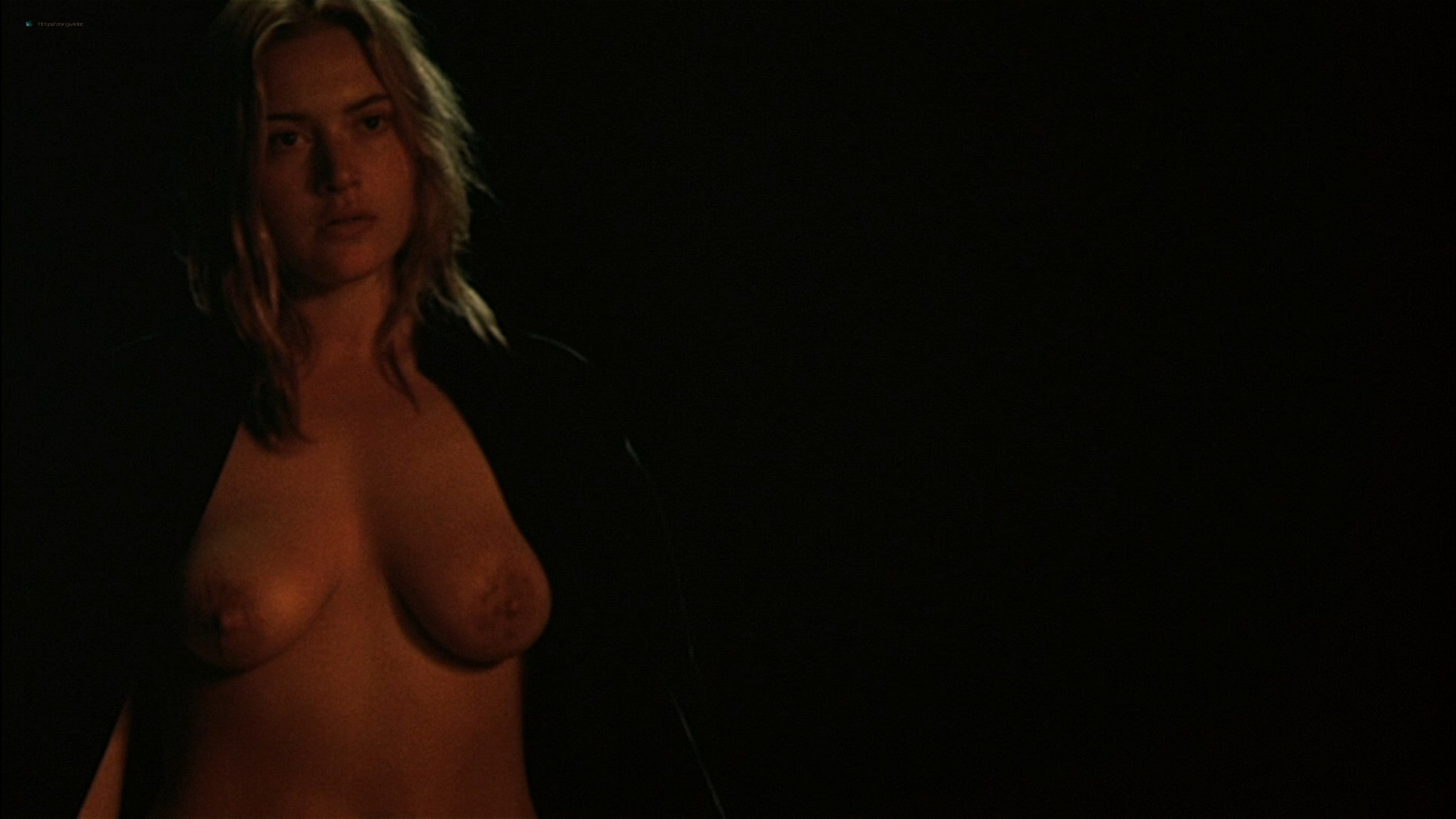 Kate Winslet naked and full frontal nude Sophie Lee sexy - Holy Smoke (1999) HD 1080p WEb (14)