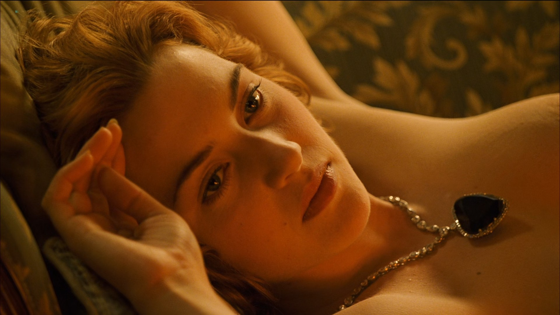 Kate Winslet nude topless - Titanic (1997) HD 1080p BluRay (5)