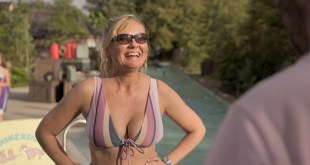 Kirsten Dunst hot sexy and busty - On Becoming a God in Central Florida (2019) s1e1-3 HD 1080p (9)