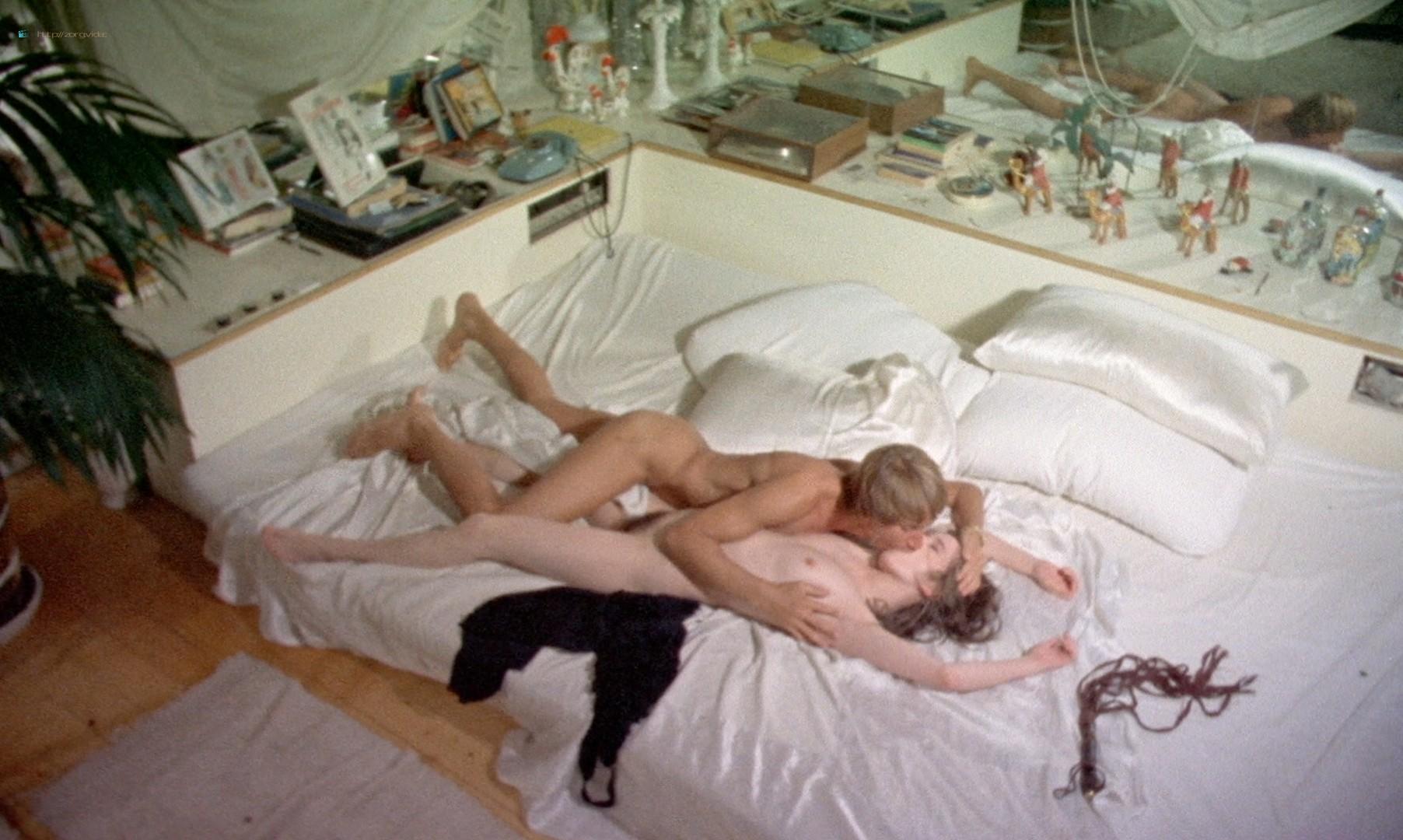 Leonora Fani nude full frontal Mariangela Giordano bush and hot sex - Giallo a venezia (1979) HD 1080p BluRay REMUX (13)