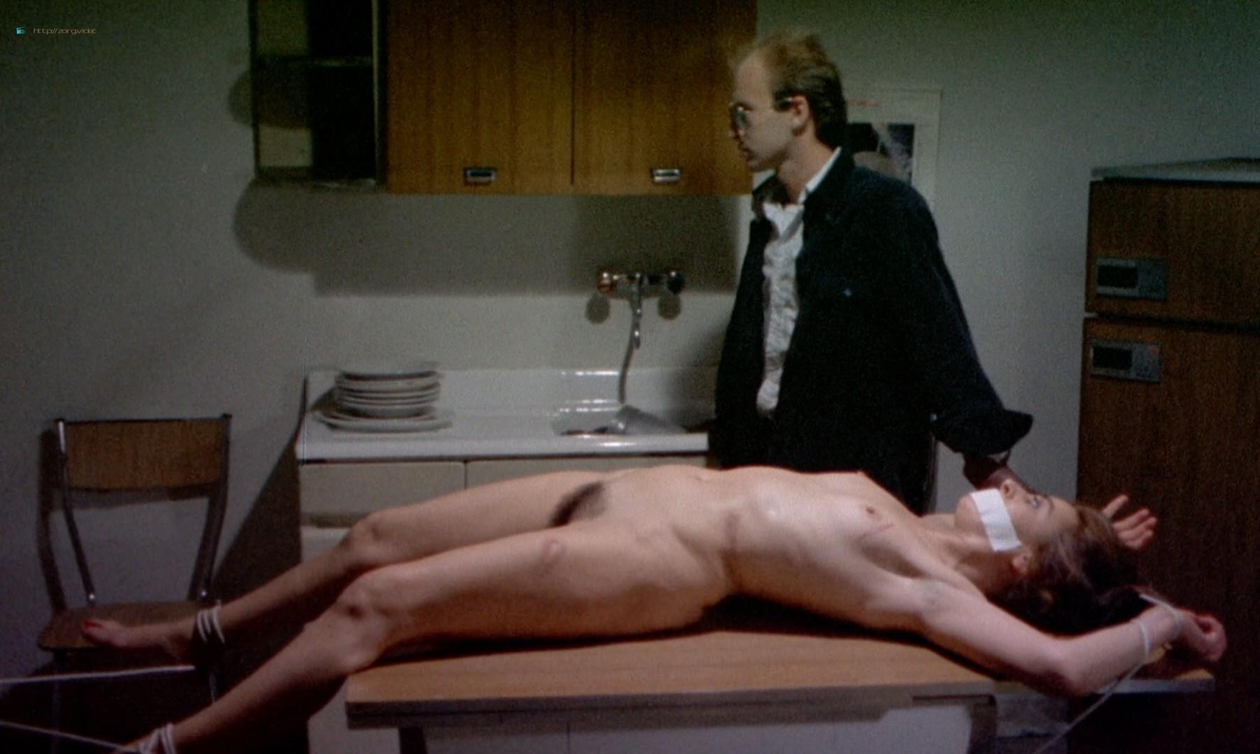 Leonora Fani nude full frontal Mariangela Giordano bush and hot sex - Giallo a venezia (1979) HD 1080p BluRay REMUX (4)