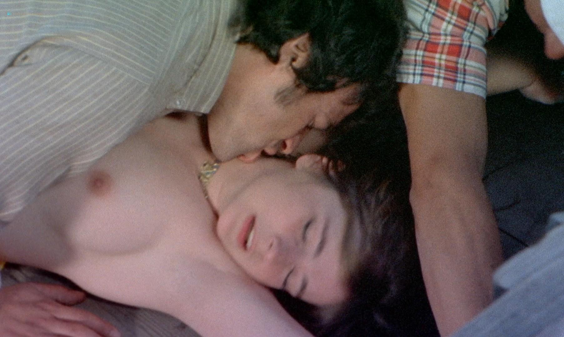 Leonora Fani nude full frontal Mariangela Giordano bush and hot sex - Giallo a venezia (1979) HD 1080p BluRay REMUX (3)
