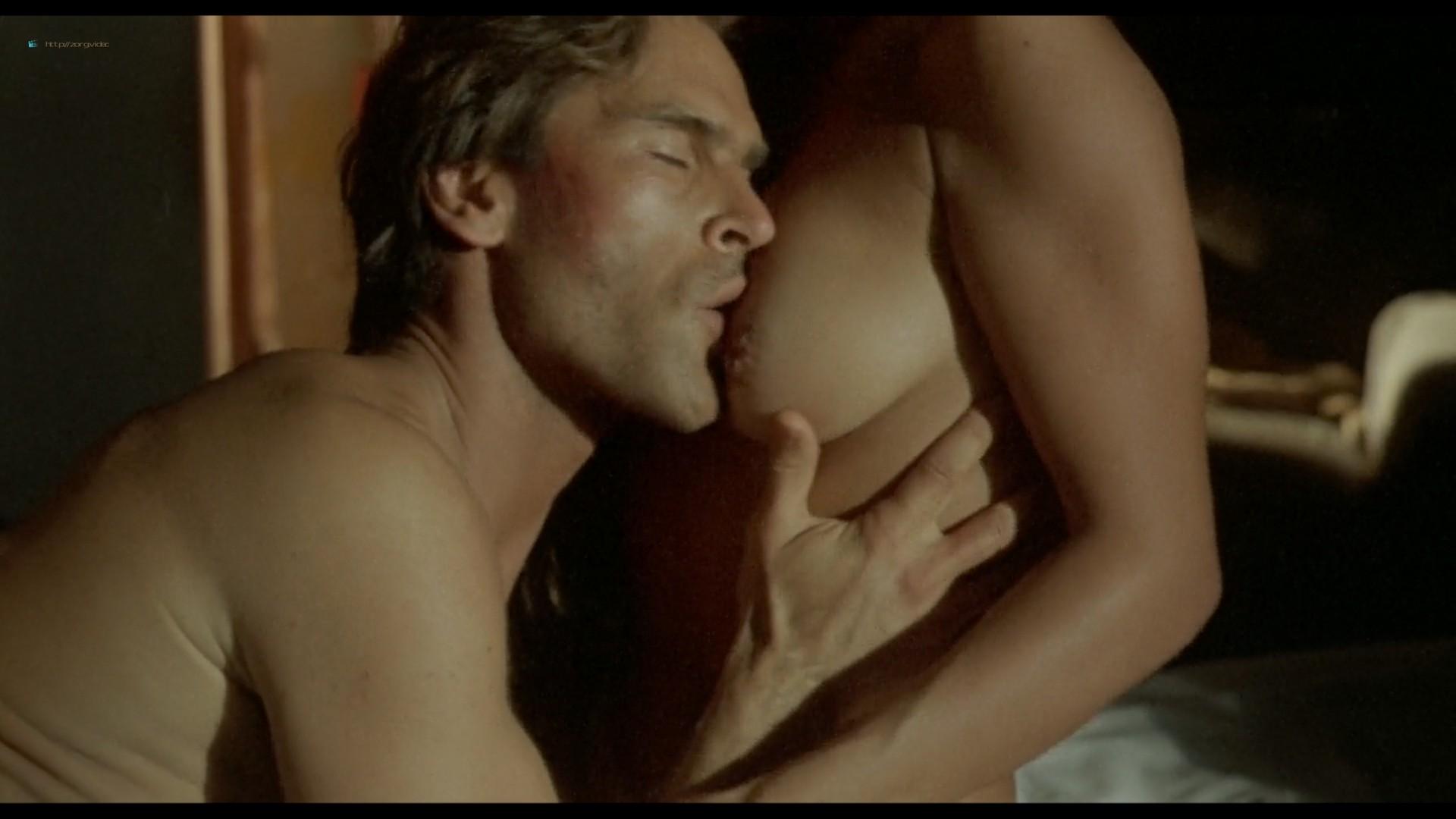 Suzane Carvalho nude bush Susan Hahn nude too - Massacre in Dinosaur Valley (BR-1985) HD 720p (19)