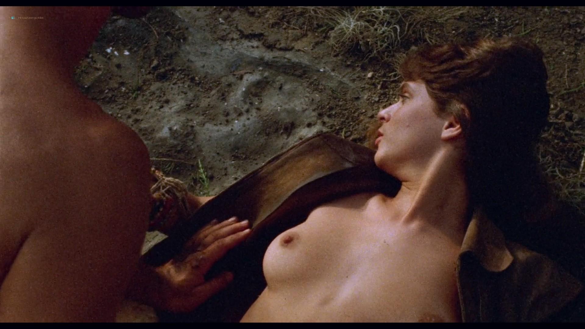 Suzane Carvalho nude bush Susan Hahn nude too - Massacre in Dinosaur Valley (BR-1985) HD 720p (5)