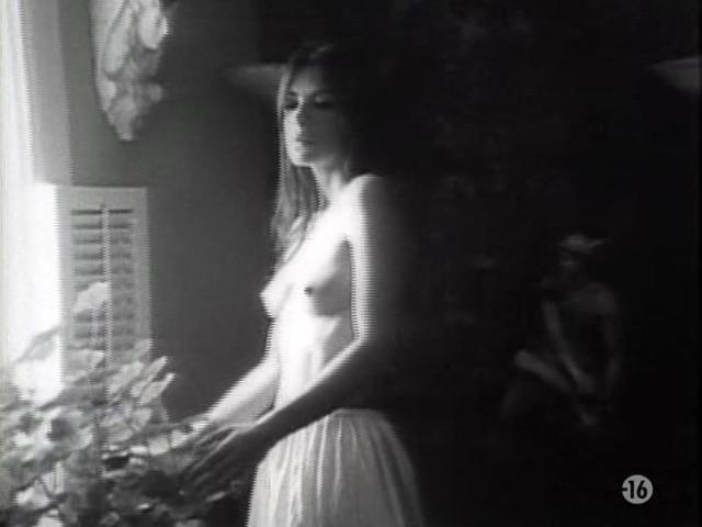 Carole Laure nude and explicit sex - L'ange et la Femme (1977) (6)