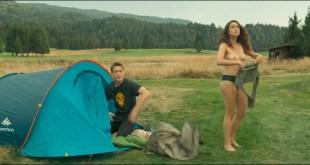 Coline D'Inca nude topless - Venise n'est pas en Italie (FR-2019) 1080p Web (3)