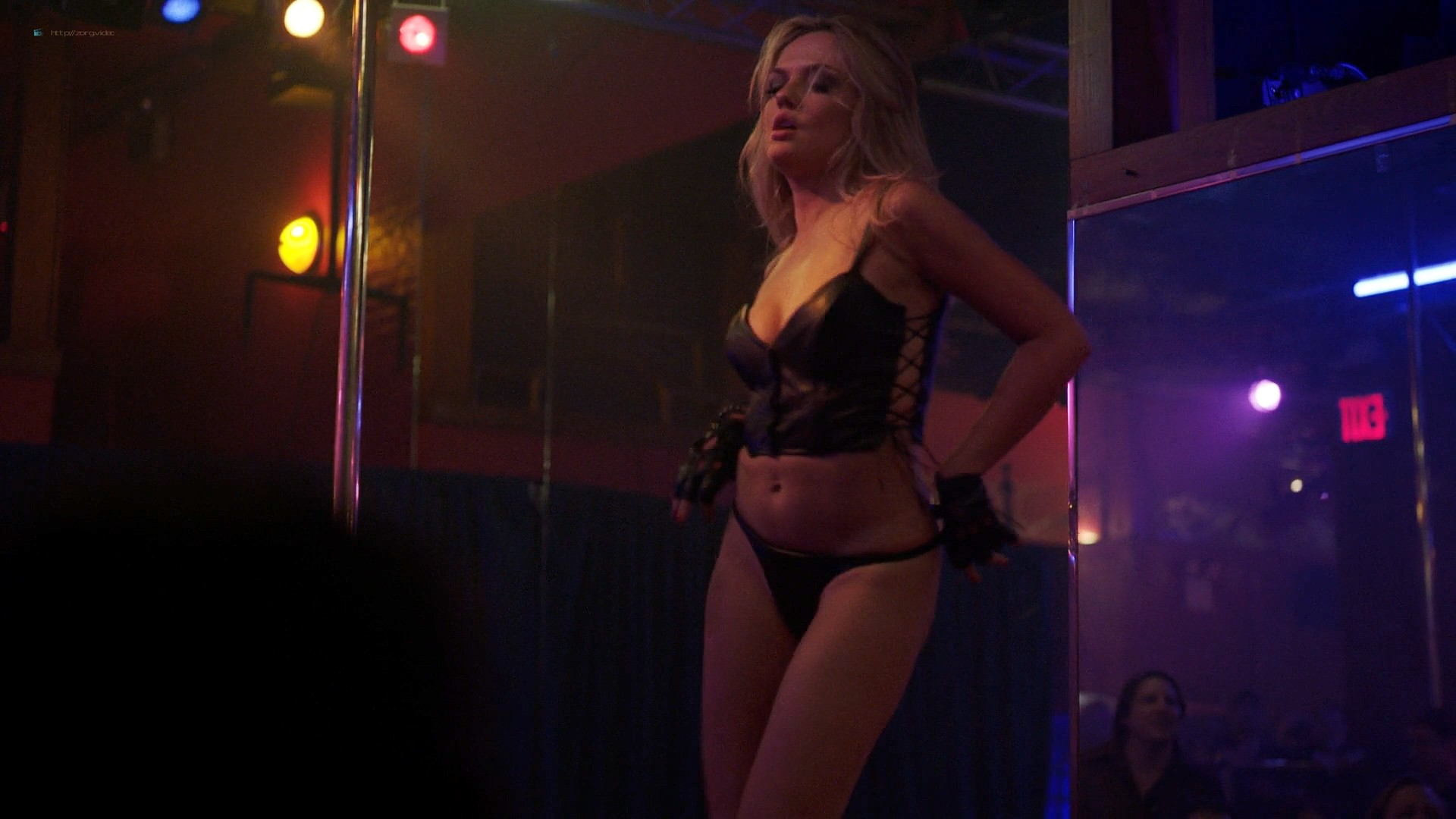 Emily Meade nude topless Samantha Steinmetz topless too - The Deuce (2019) s3e5 1080p (5)