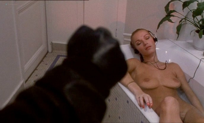Florence Guérin nude full frontal Brigitte Lahaie nude too - Le couteau sous la gorge (FR-1986) (4)