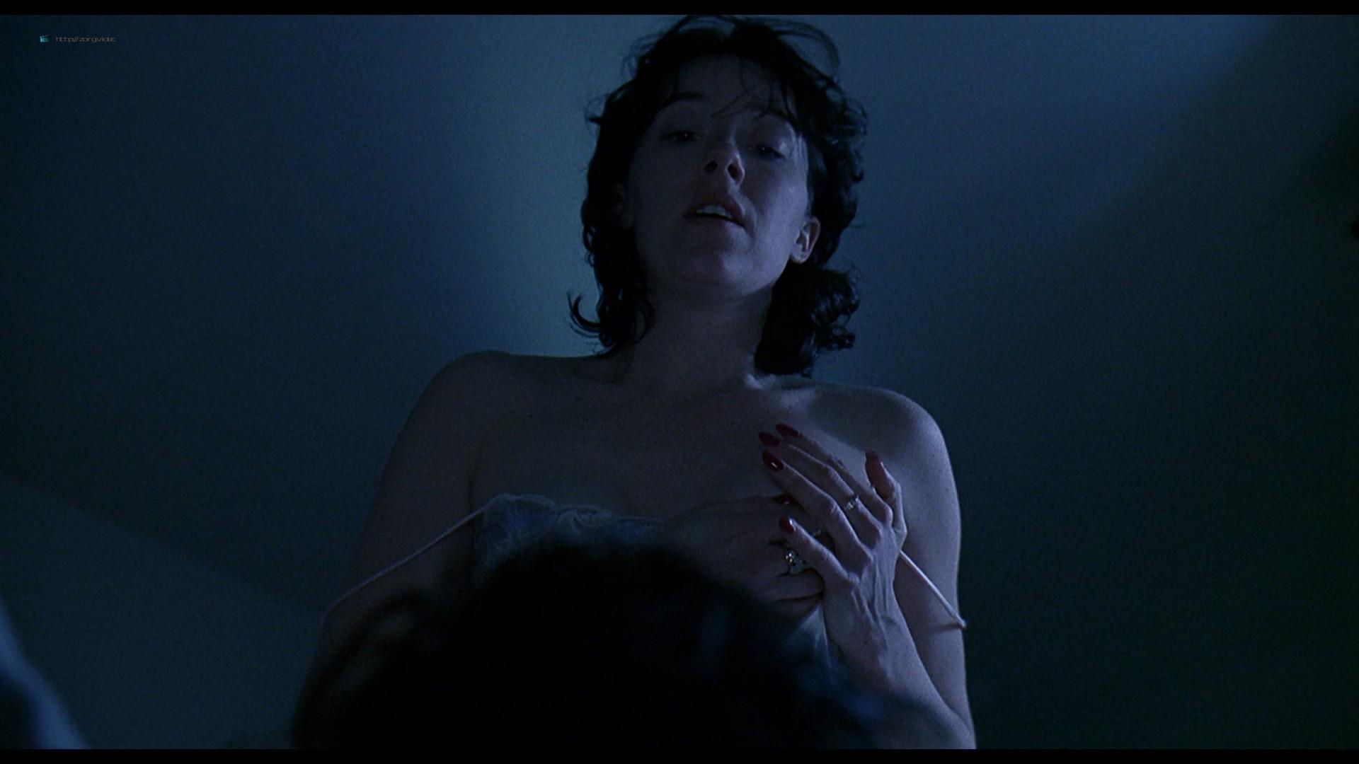 Jennifer Connelly nude side boob sex in – Waking the Dead (2000) HD 1080p BluRay (11)