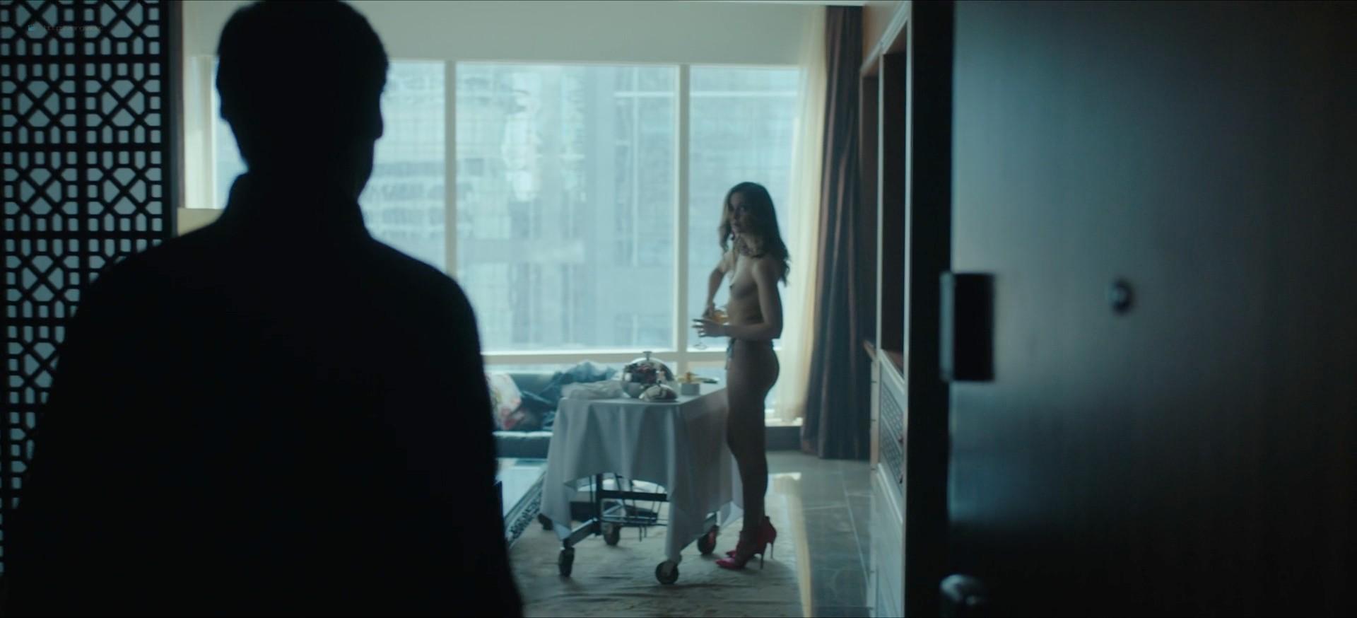 Jennifer Krukowski nude topless Devoshia Cooper nude too - Titans (2019) s2e7 1080p (10)