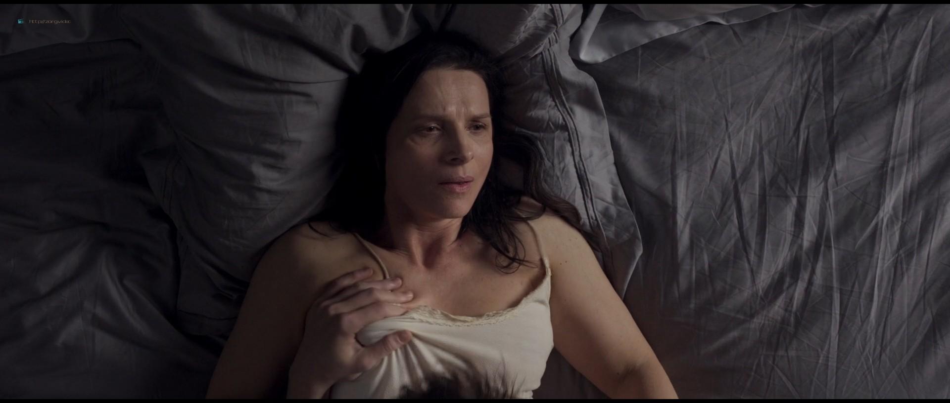 Juliette Binoche nude hot sex - Celle que vous croyez (FR-2019) 1080p BluRay (2)