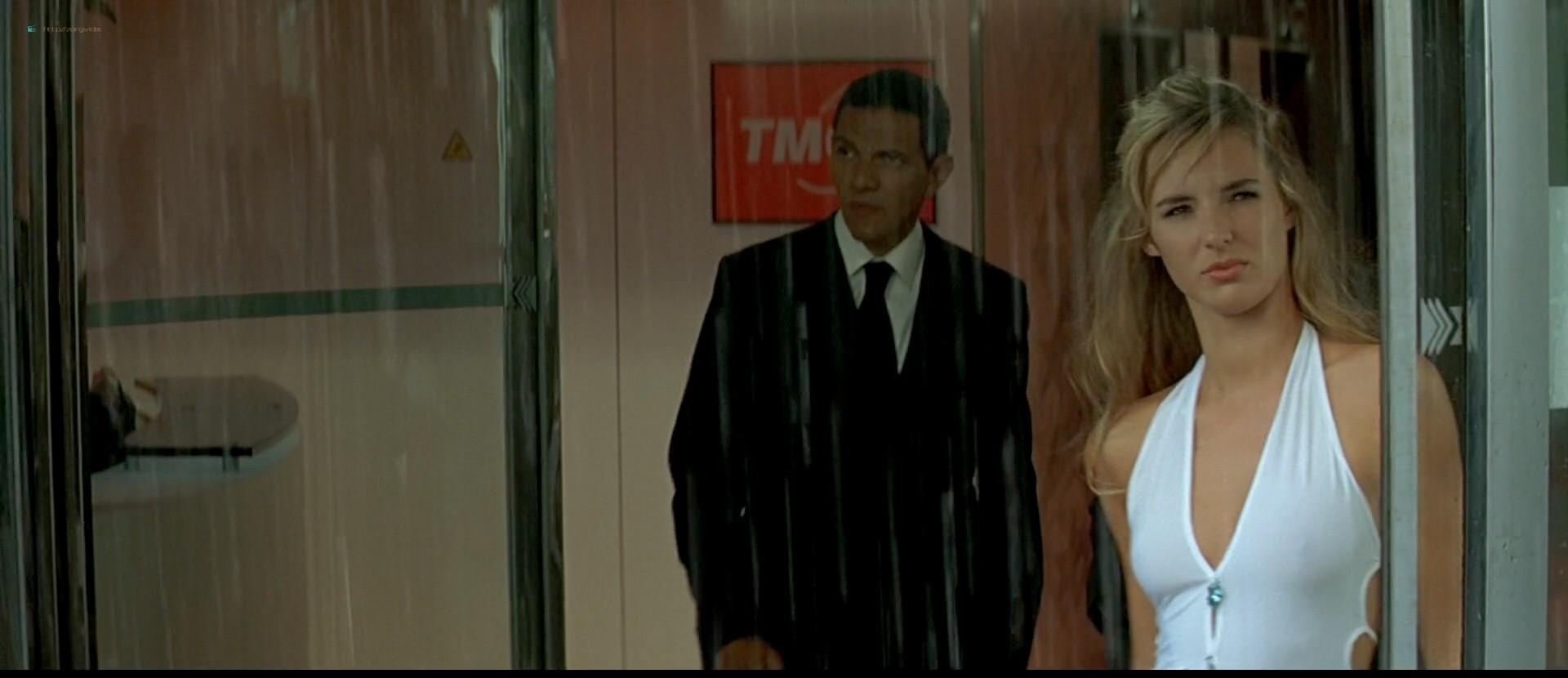 Louise Bourgoin nude topless and sex - La fille de Monaco (FR-2008) HDTV 1080p (15)