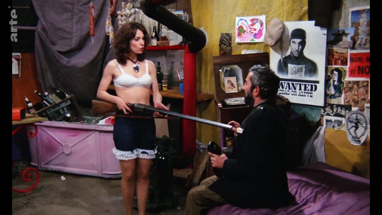 Bernadette Lafont nude bush and butt - La fiancée du pirate (1969) HDTV 720p (4)