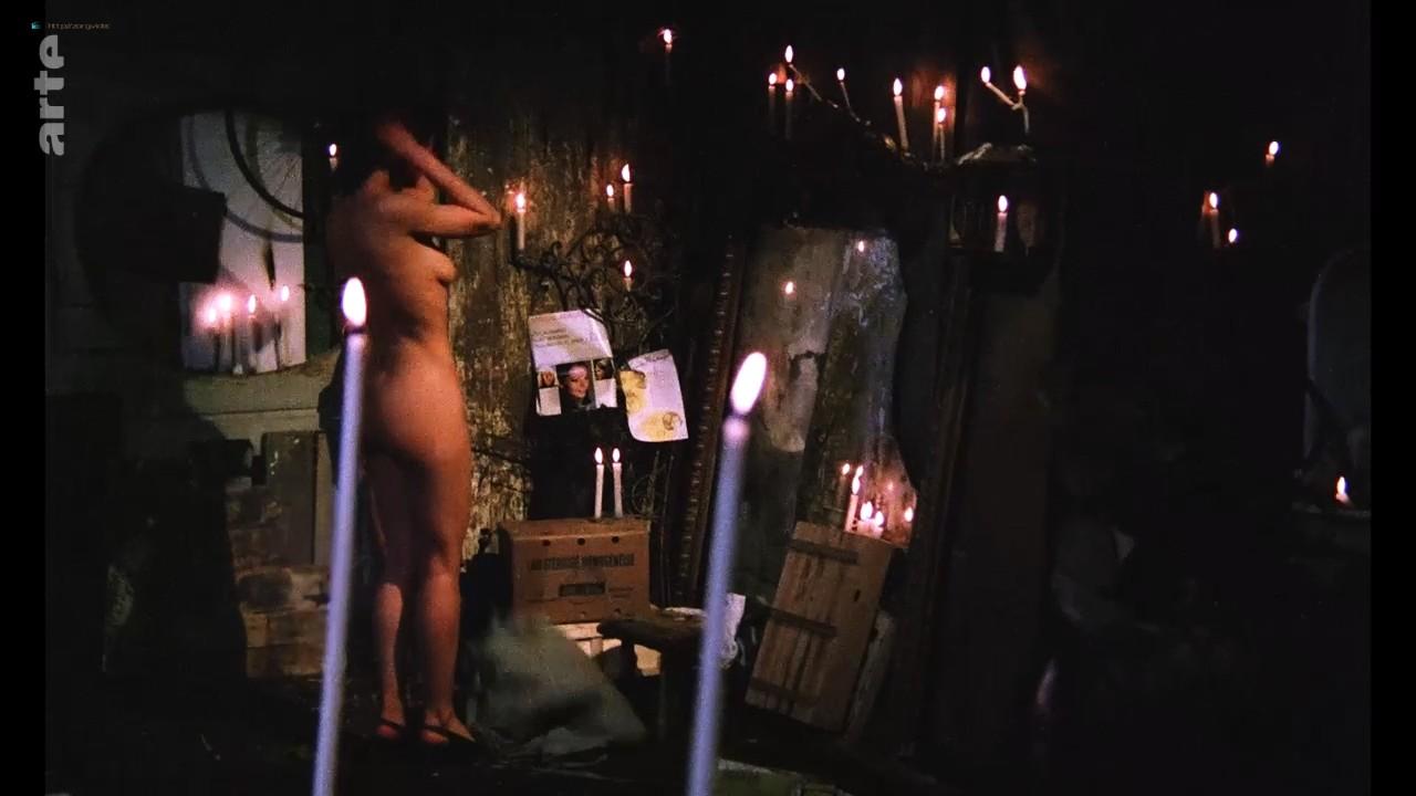 Bernadette Lafont nude bush and butt - La fiancée du pirate (1969) HDTV 720p (12)