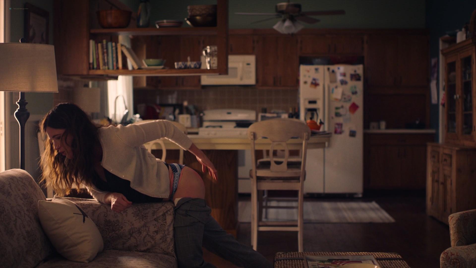 Kathryn Hahn nude sex Jasmine Cephas Jones hot - Mrs. Fletcher (2019) s1e5 1080p Web (16)